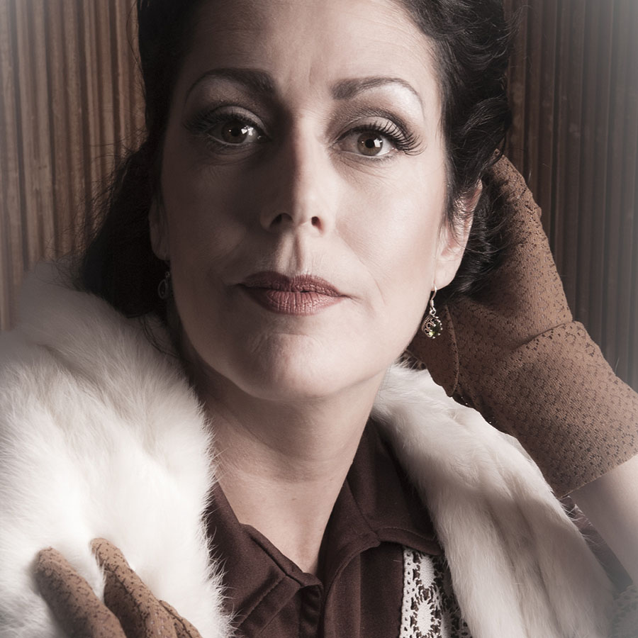 Judith @ LaSirel